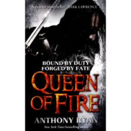 Queen of Fire (Ravens Shadow 3)